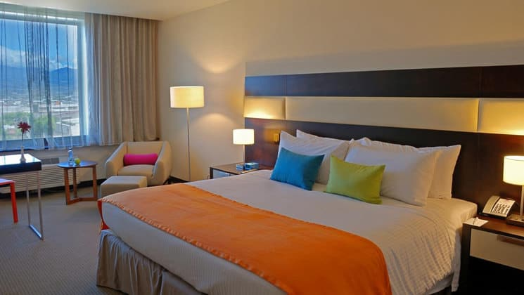 The Standard King Room at Park Inn, located in San Jose, Costa Rica, is modern and clean with bright colors