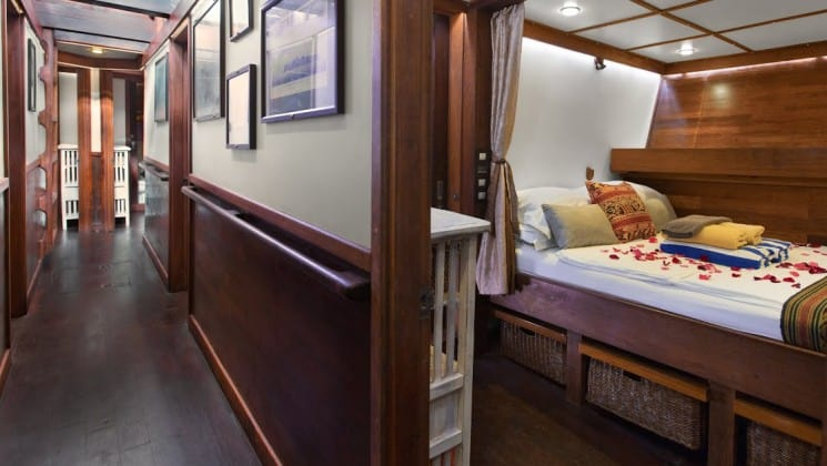 A standard double stateroom aboard Katharina sailboat.