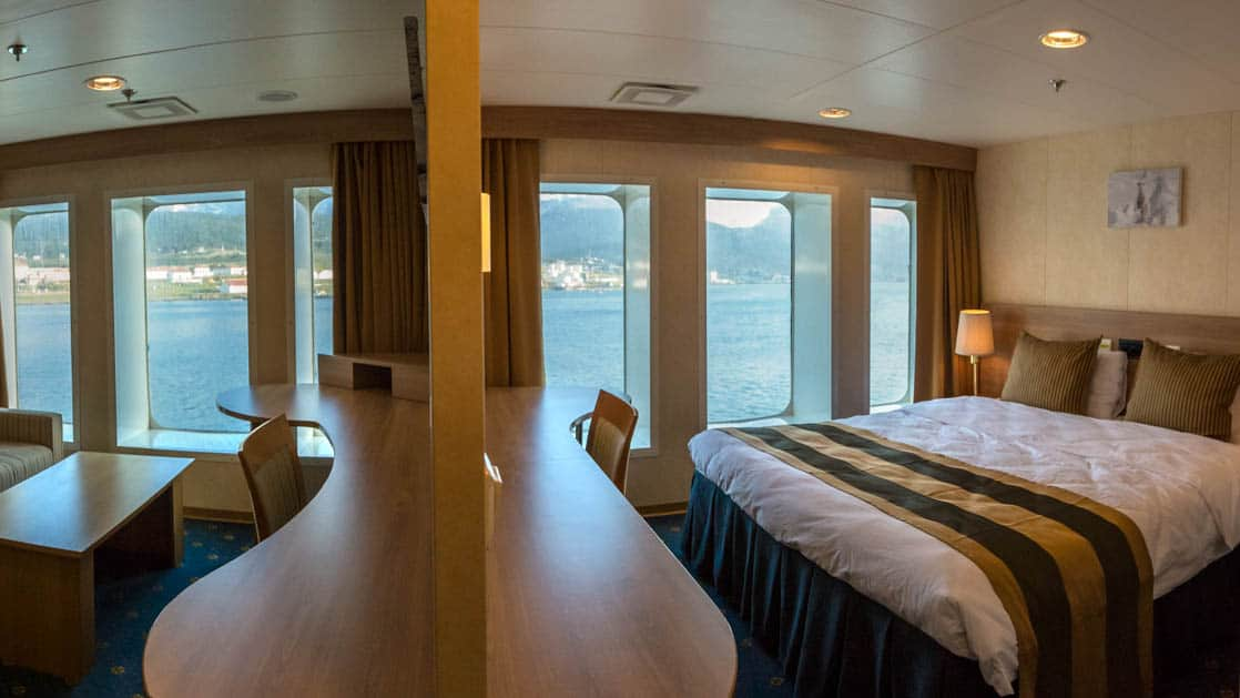 Category 5 cabin aboard Expedition.
