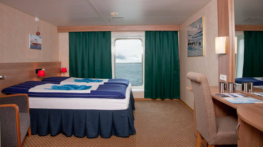 Category 4 cabin aboard Expedition. Photo by: Erik Berger