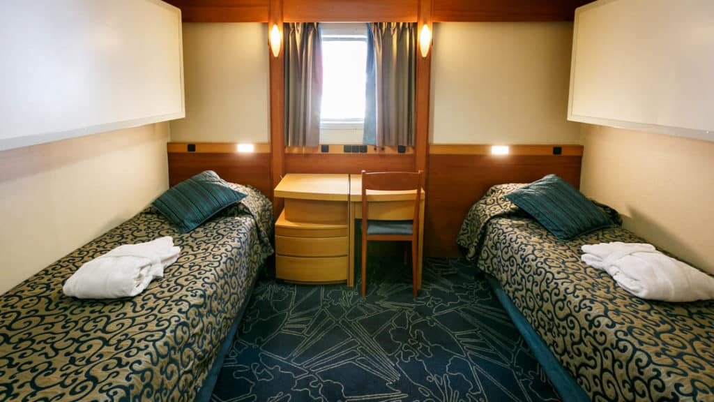 Upper Deck Twin cabin aboard Ocean Endeavour. Photo by: JP Mullowney/Quark Expeditions