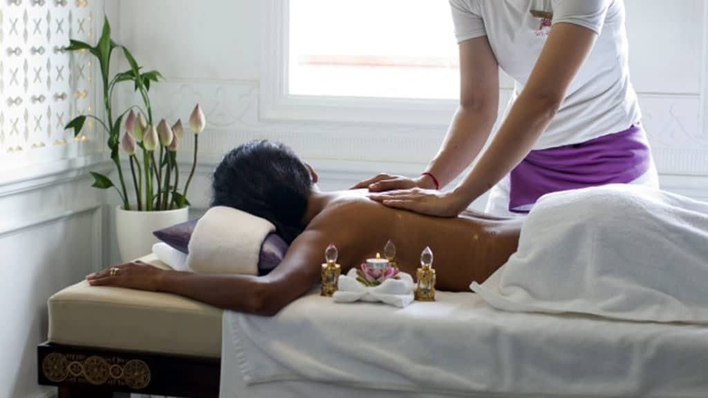 nd your day with a massage in Jahan's Apsara Spa.