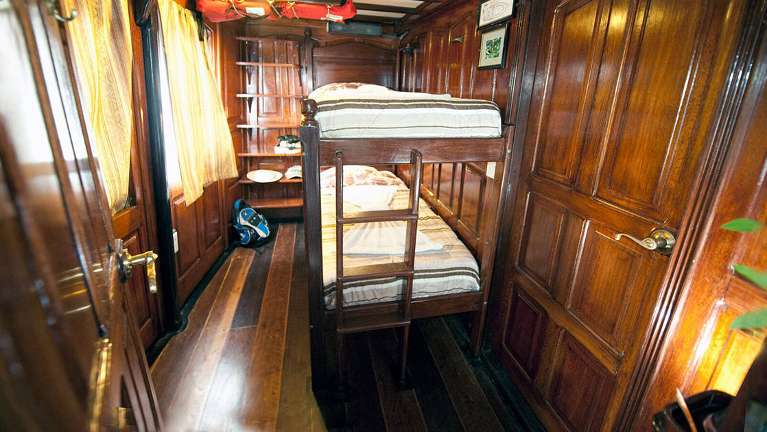 Green Category Cabin 7 with bunk beds aboard Tucano.