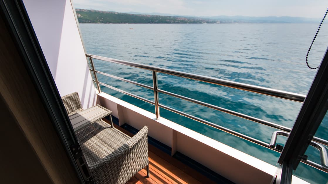 VIP Upper Deck cabin private balcony aboard Infinity