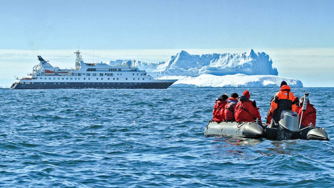 Photo by: Mick Fogg/Lindblad Expeditions