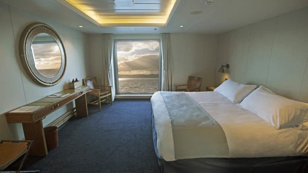 Category AA Superior cabin aboard Ventus Australis