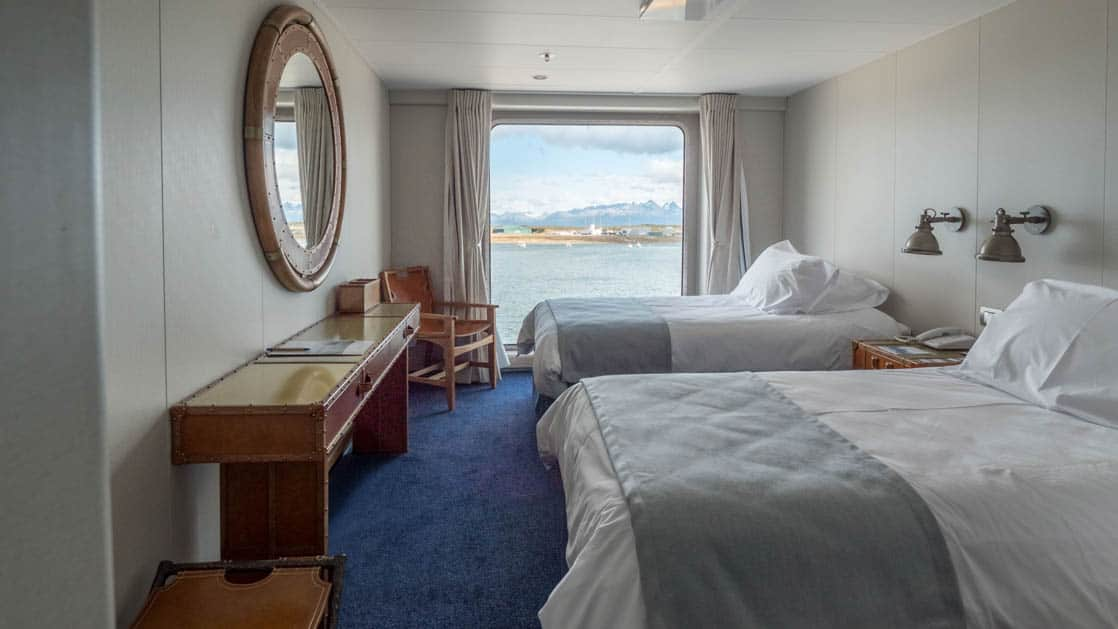 Category AA cabin with twin beds aboard Ventus Australis
