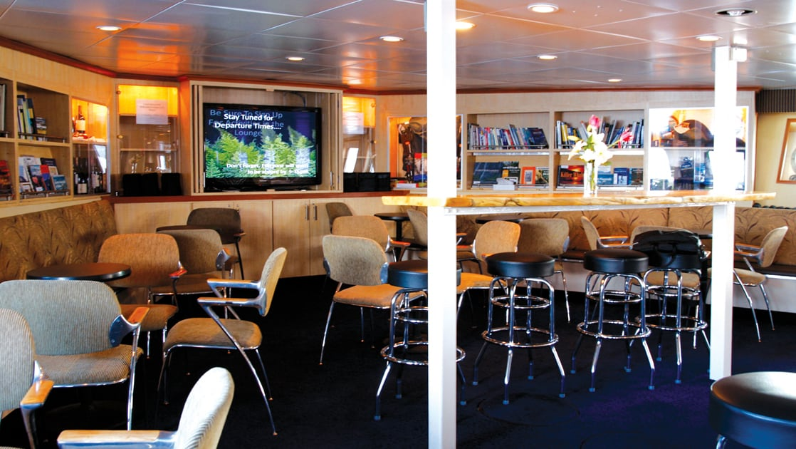 Lounge area aboard Wilderness Discoverer.