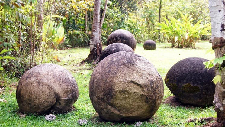 rock spheres on grass on pacific costa rica land tour