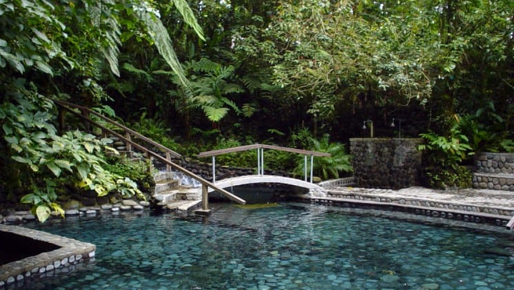 hot spring on tropical volcano & cloud forest land tour in costa rica