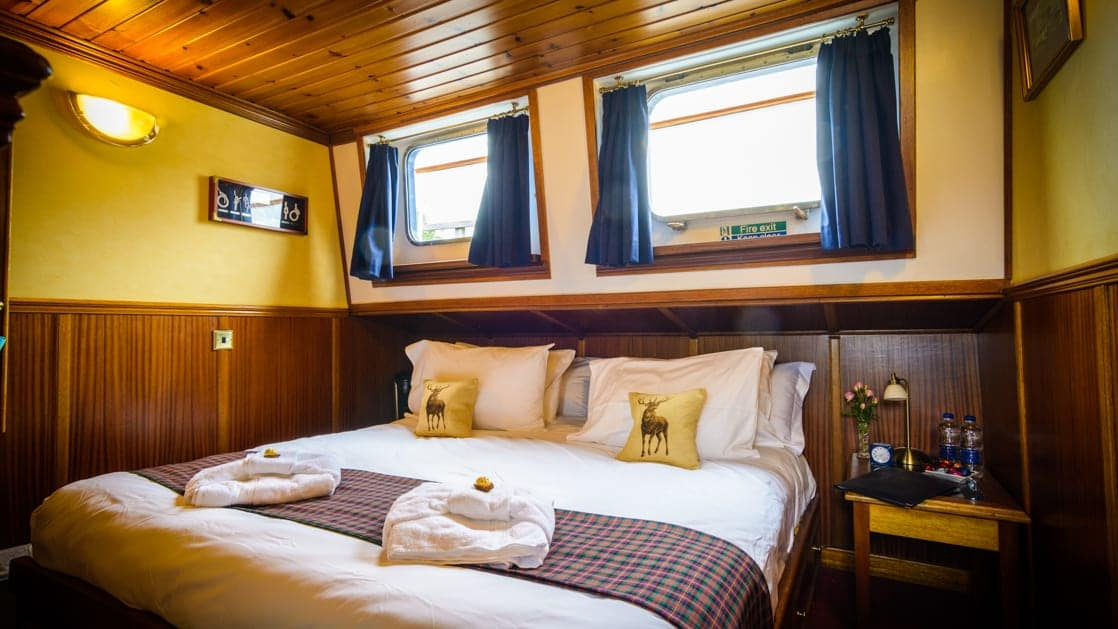 Stateroom aboard Scottish Highlander