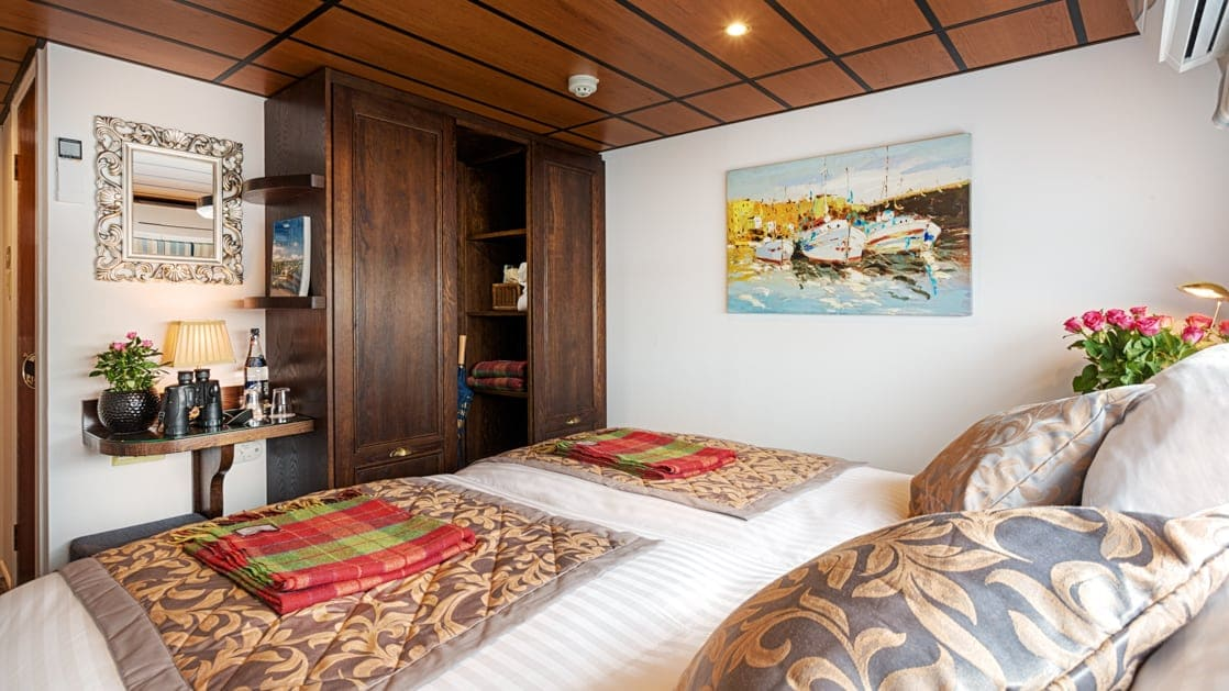 View from double bed back toward ensuite bathroom & large closet aboard Shannon Princess barge.
