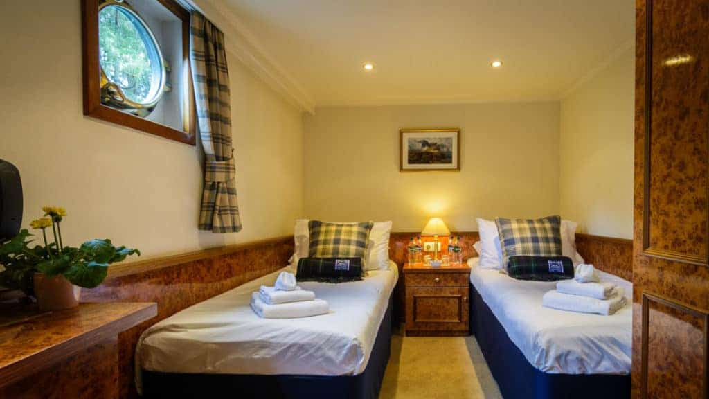 Stateroom with two single beds aboard Spirit of Scotland